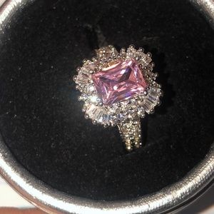 Jewelry - 8.5 pink emerald cut crystal ring 925